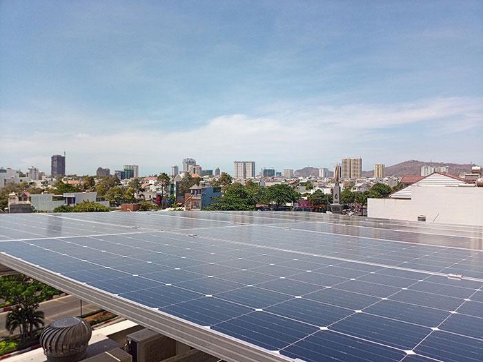 [Năng lượng mặt trời Vũng Tàu] Lắp đặt hệ thống hòa lưới 12kW kinh doanh khách sạn 14