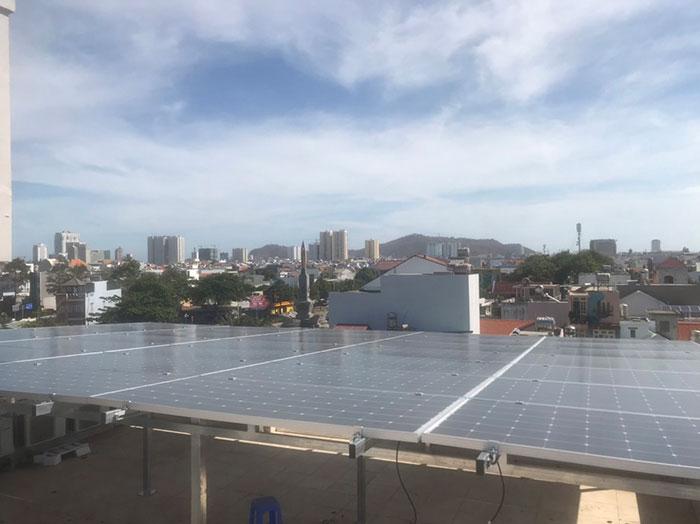 [Năng lượng mặt trời Vũng Tàu] Lắp đặt hệ thống hòa lưới 12kW kinh doanh khách sạn 15