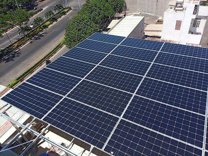 [Năng lượng mặt trời Vũng Tàu] Lắp đặt hệ thống hòa lưới 12kW kinh doanh khách sạn 17