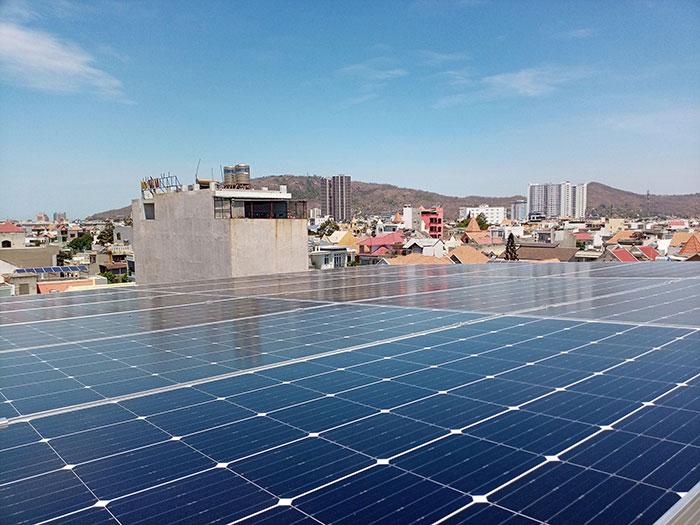[Năng lượng mặt trời Vũng Tàu] Lắp đặt hệ thống hòa lưới 12kW kinh doanh khách sạn 19