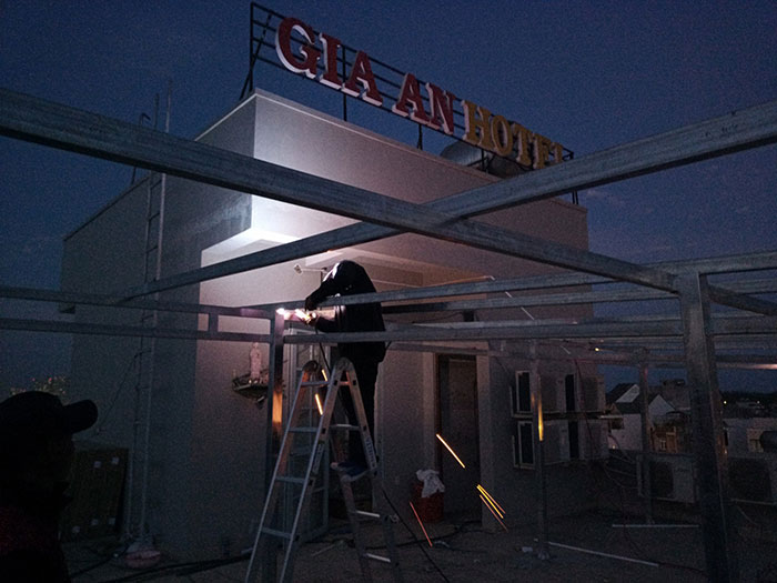 [Năng lượng mặt trời Vũng Tàu] Lắp đặt hệ thống hòa lưới 12kW kinh doanh khách sạn 8