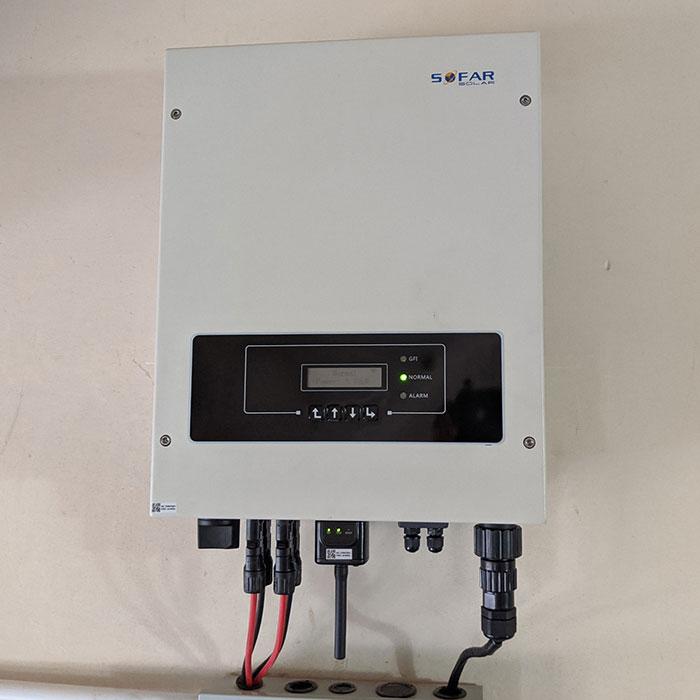 Hệ thống năng lượng mặt trời hòa lưới 5kW lắp đặt cho gia đình chú Sĩ tại Tân Phú 6