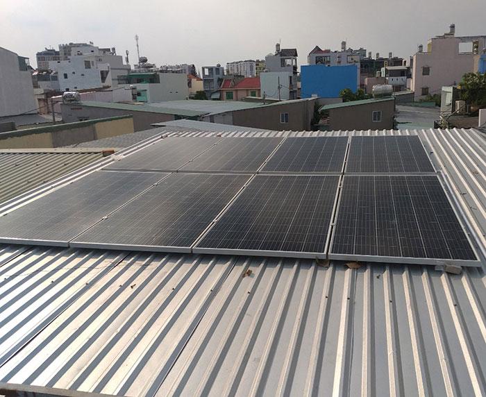 Hoàn thành lắp đặt điện mặt trời 3kW cho quán cà phê tại Tân Bình 2