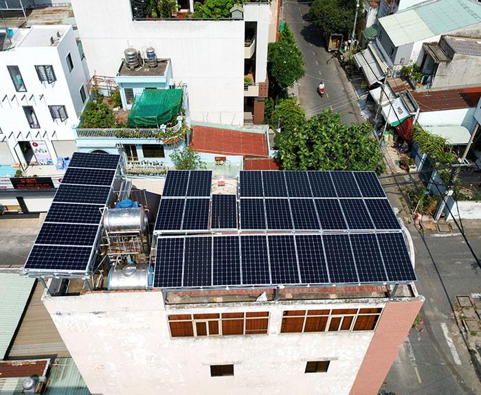 Lắp đặt hệ thống năng lượng mặt trời công suất 12kW cho anh Trí tại Tân Phú 2