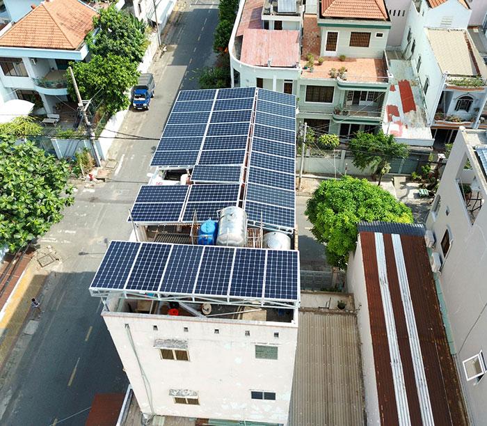 Lắp đặt hệ thống năng lượng mặt trời công suất 12kW cho anh Trí tại Tân Phú 4