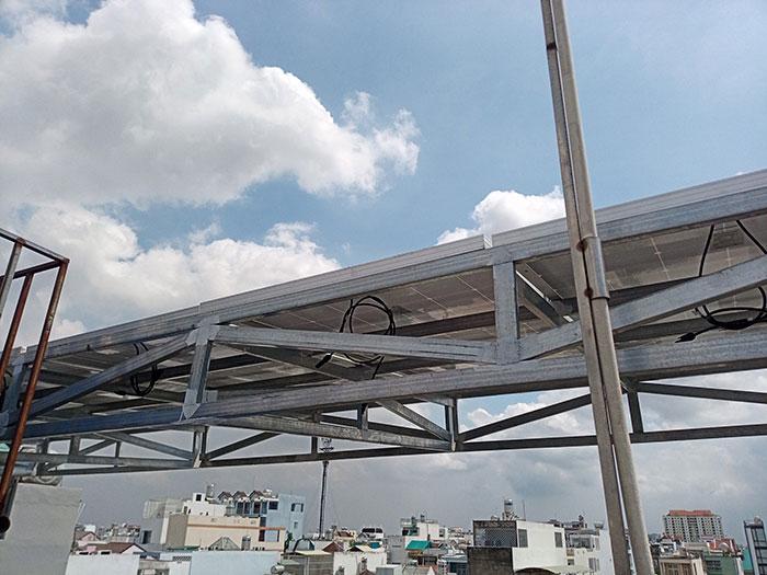 Lắp đặt hệ thống năng lượng mặt trời công suất 12kW cho anh Trí tại Tân Phú 8