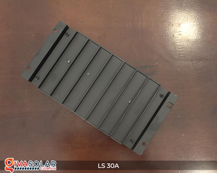 Bộ sạc pin năng lượng mặt trời LS30 PMW 30A 8
