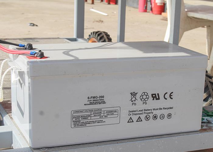 [DIY] Hướng dẫn lắp đặt hệ thống điện năng lượng mặt trời độc lập từ A - Z ắc quy