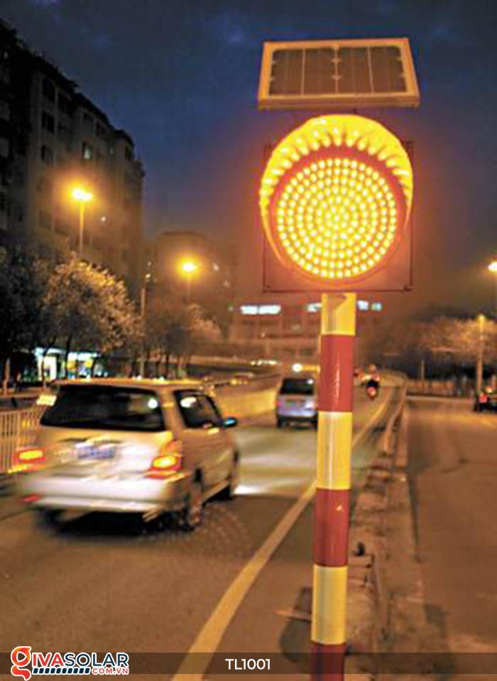 Đèn giao thông năng lượng mặt trời cảnh báo đi chậm TL1001 19