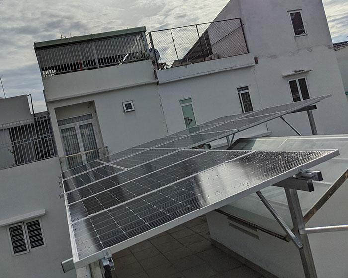 Hoàn thành hệ thống điện mặt trời hòa lưới 5kWp khu vực Quận 9 5