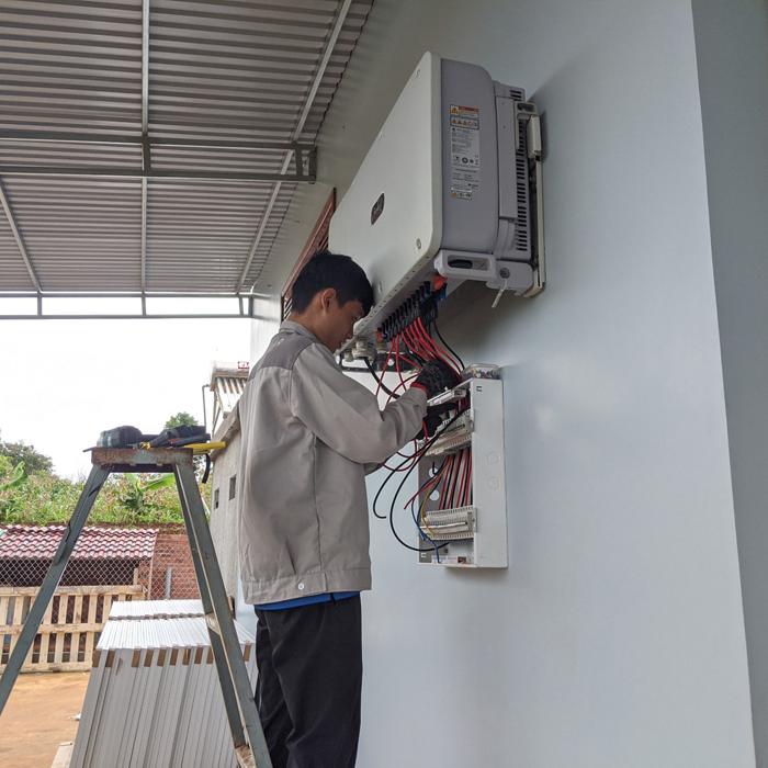 Hoàn thành lắp đặt hệ thống điện mặt trời áp mái quy mô lớn 45kWp tại Đắk Nông 12