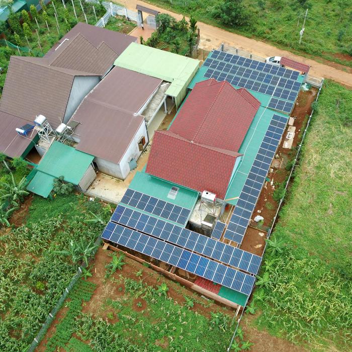 Hoàn thành lắp đặt hệ thống điện mặt trời áp mái quy mô lớn 45kWp tại Đắk Nông 22