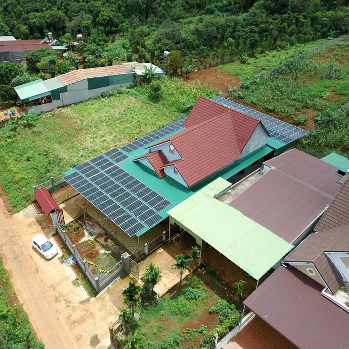 Hoàn thành lắp đặt hệ thống điện mặt trời áp mái quy mô lớn 45kWp tại Đắk Nông 23