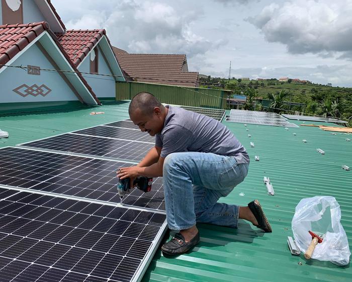 Hoàn thành lắp đặt hệ thống điện mặt trời áp mái quy mô lớn 45kWp tại Đắk Nông 4