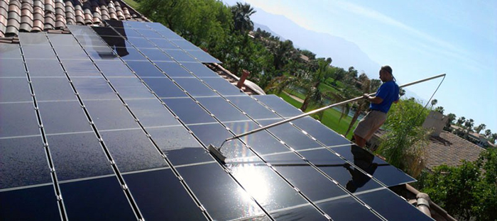 Vệ sinh và bảo trì pin năng lượng mặt trời đúng cách 1