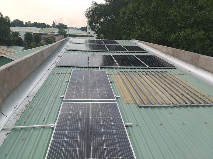 Lắp điện mặt trời áp mái 5kW tại tỉnh Bình Dương 1