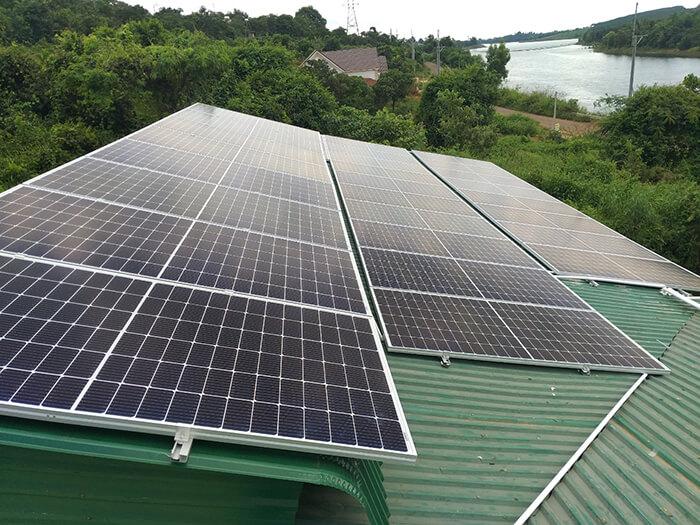 Hoàn thành lắp đặt điện năng lượng mặt trời 60kWp tại Đắk Nông 13
