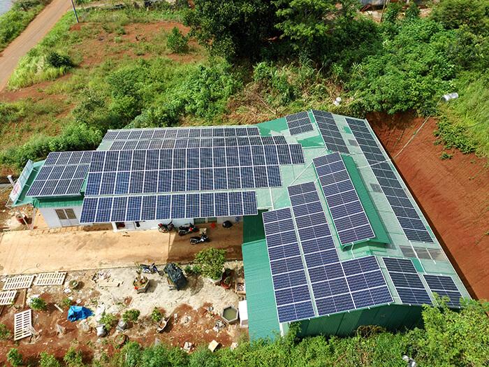 Hoàn thành lắp đặt điện năng lượng mặt trời 60kWp tại Đắk Nông 4