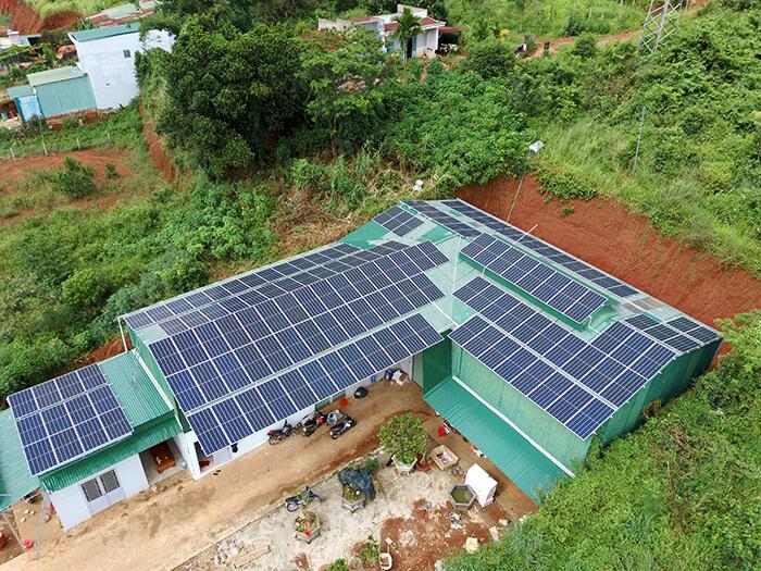 Hoàn thành lắp đặt điện năng lượng mặt trời 60kWp tại Đắk Nông 6