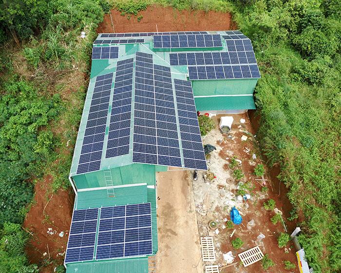 Hoàn thành lắp đặt điện năng lượng mặt trời 60kWp tại Đắk Nông 7