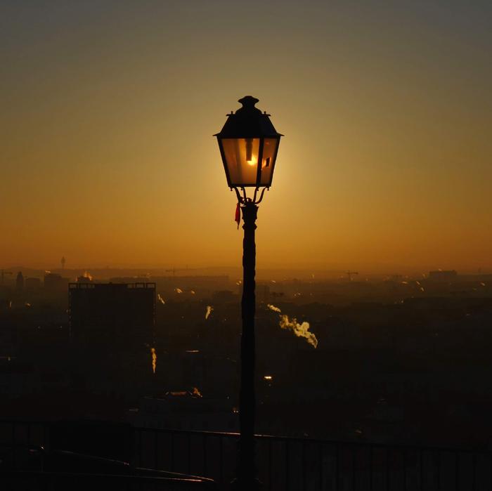 Những hình ảnh đẹp về đèn chiếu sáng ngoài trời 1