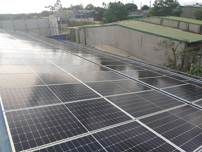 Hoàn thành hệ thống năng lượng mặt trời hòa lưới áp mái 90kWp tại Đắk Nông 4