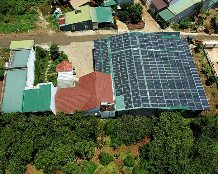 Điện mặt trời Givasolar.com.vn: Hoàn thành hệ thống áp mái 130kWp Đắk Nông 11