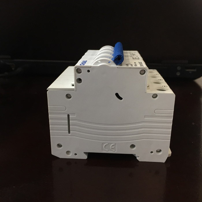 Aptomat DC cho hệ thống điện mặt trời CHANA 6KA-4P-25A-1000VDC 3