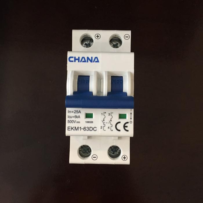 Aptomat DC năng lượng mặt trời CHANA 6KA-2P-25A-500VDC 1