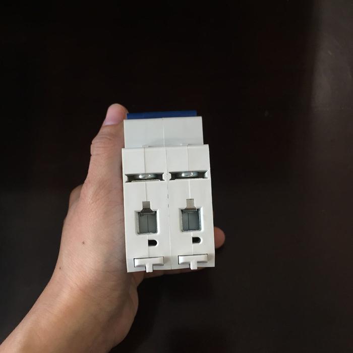 Aptomat DC năng lượng mặt trời CHANA 6KA-2P-25A-500VDC 7