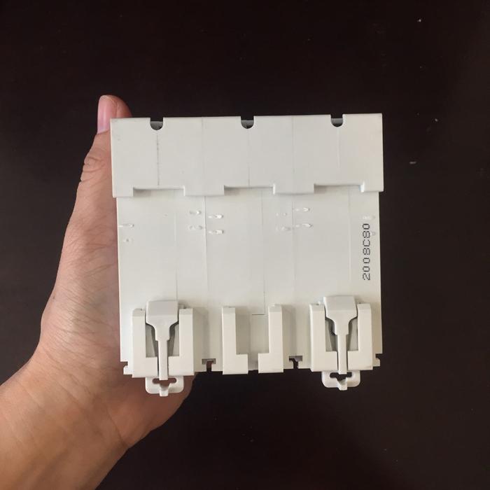 Cầu dao AC cho hệ thống điện mặt trời CHANA 6KS-3P-80A 5