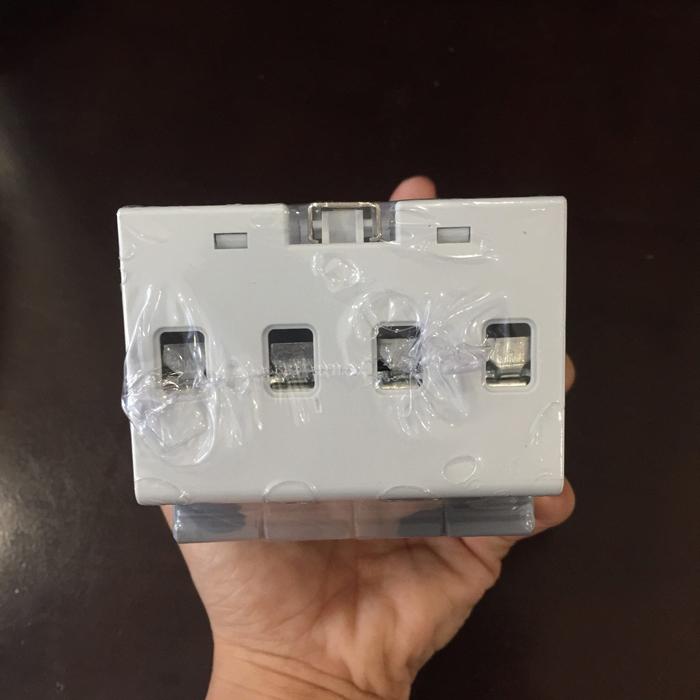 Chống sét AC cho hệ thống điện mặt trời 4P 20-40KA 420VAC SPD FEEO 7