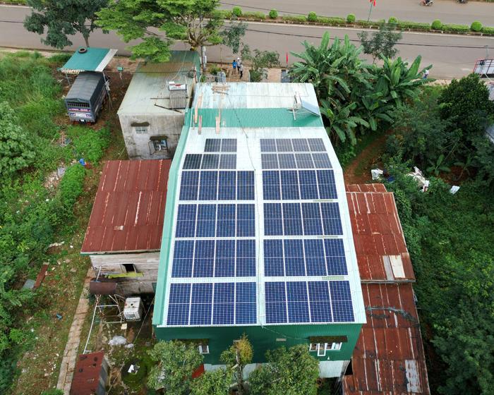 Hoàn thành lắp điện mặt trời áp mái 20 kWp cho anh Lĩnh tại tỉnh Đắk Nông 2