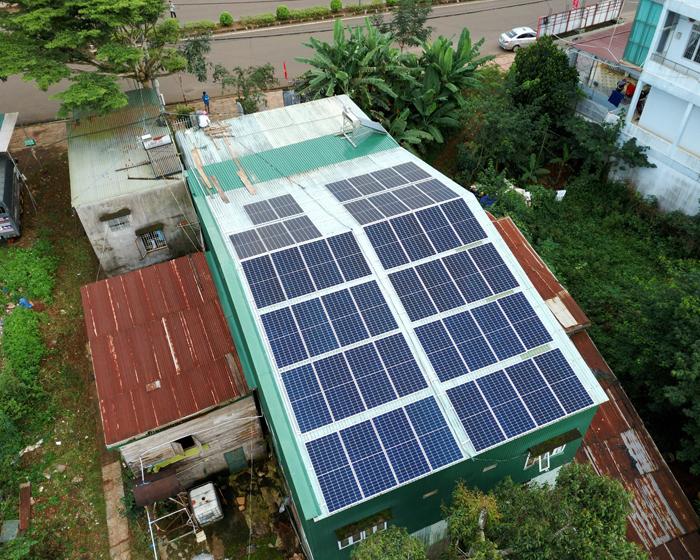 Hoàn thành lắp điện mặt trời áp mái 20 kWp cho anh Lĩnh tại tỉnh Đắk Nông 6