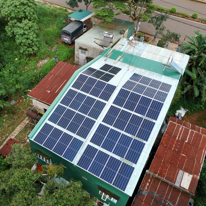 Hoàn thành lắp điện mặt trời áp mái 20 kWp cho anh Lĩnh tại tỉnh Đắk Nông 7