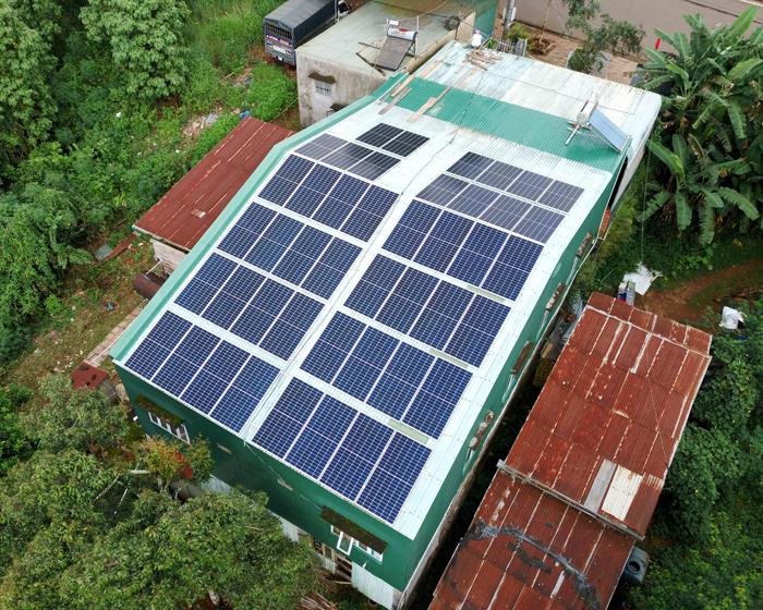 Hoàn thành lắp điện mặt trời áp mái 20 kWp cho anh Lĩnh tại tỉnh Đắk Nông 8