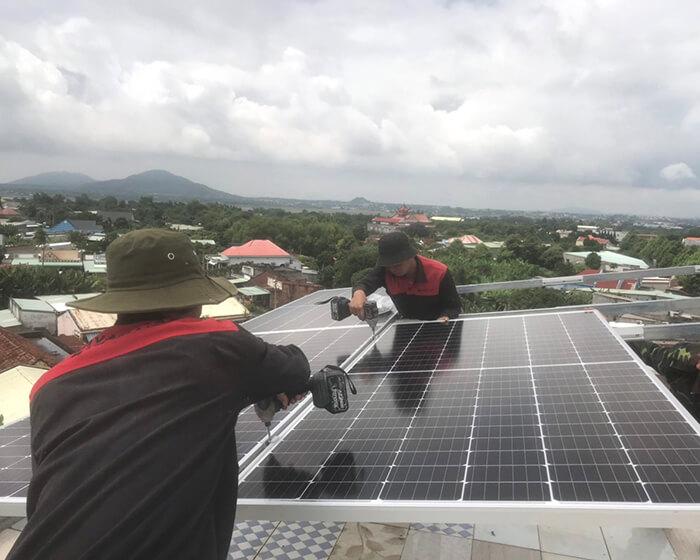 Tăng trưởng điện mặt trời áp mái tại BR-VT và hệ thống 30kWp của anh Thuận 2