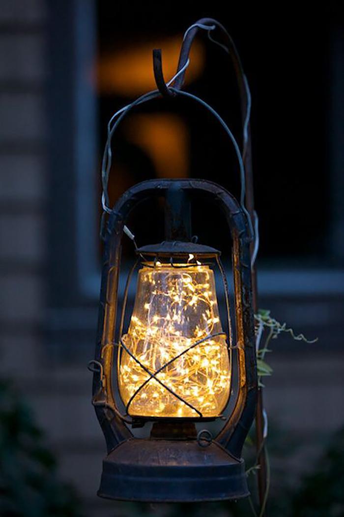 Những ý tưởng trang trí nguồn sáng cực đẹp với đèn năng lượng mặt trời 7