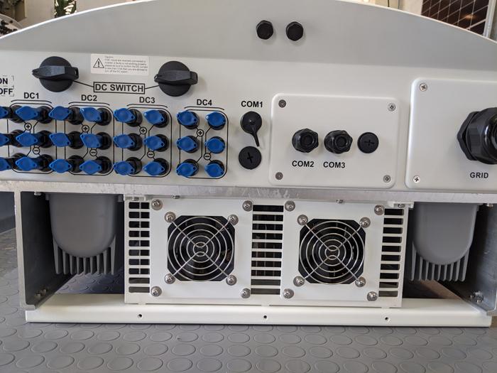 Inverter hòa lưới cho hệ thống điện mặt trời Canadian 50 kW 4