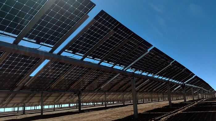 Tấm pin năng lượng mặt trời hai mặt (bifacial solar panels) là gì? 2