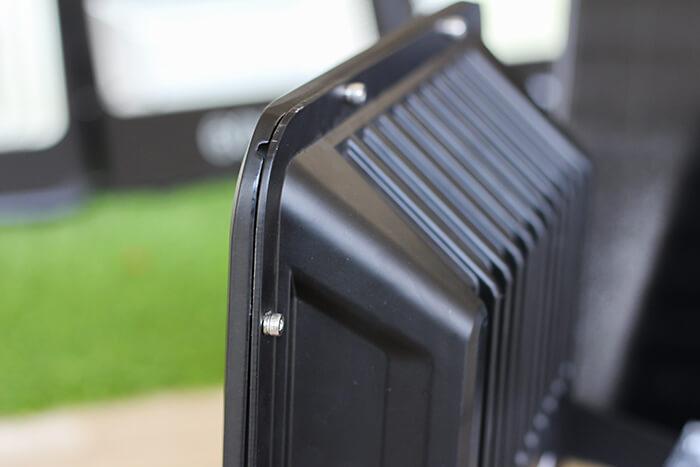 Đèn pha năng lượng mặt trời công suất 120W - GV9120 giá cực tốt 9