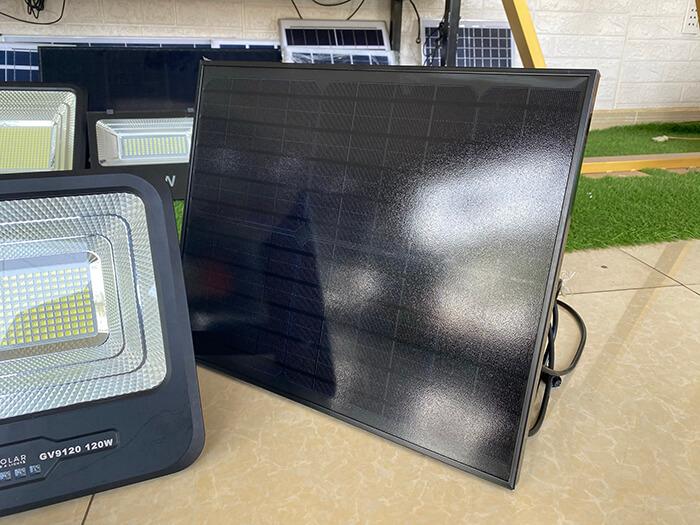 Đèn pha năng lượng mặt trời công suất 120W - GV9120 giá cực tốt 13