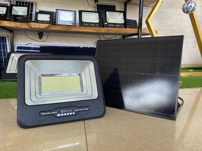 Đèn pha năng lượng mặt trời công suất 120W - GV9120 giá cực tốt 3