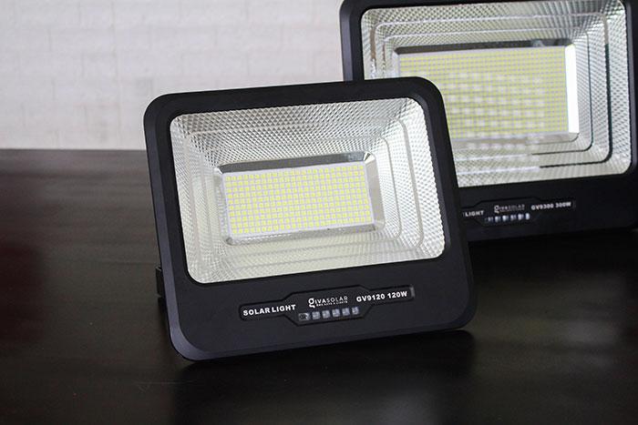 Đèn pha năng lượng mặt trời công suất 120W - GV9120 giá cực tốt 5