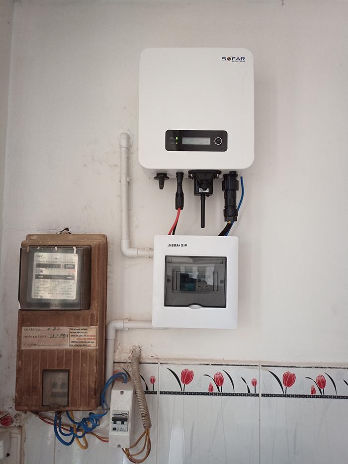 Hoàn thành lắp đặt hệ thống điện mặt trời 3.6 kWp tại Quận 5 4