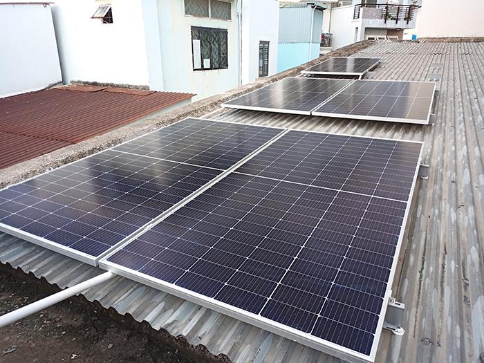 Hoàn thiện lắp đặt điện mặt trời 6.4 kWp tại Gò Vấp 5