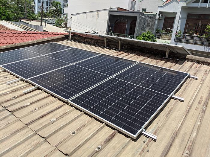 Lắp đặt điện mặt trời công suất 7.5 kWp tại quận 9 1