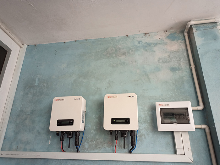 Lắp đặt điện mặt trời công suất 7.5 kWp tại quận 9 12