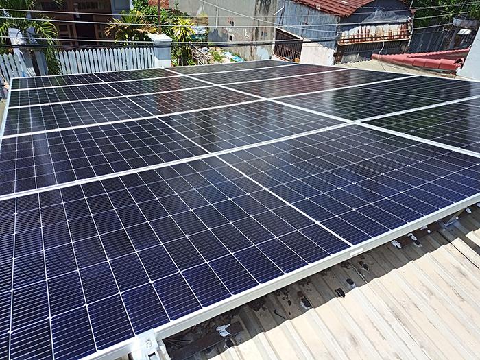 Lắp đặt điện mặt trời công suất 7.5 kWp tại quận 9 2