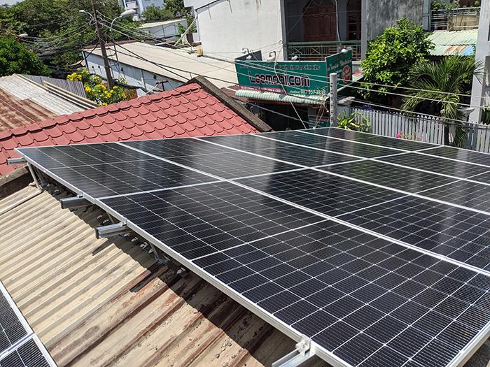Lắp đặt điện mặt trời công suất 7.5 kWp tại quận 9 3